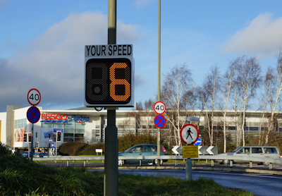 Pole Mounted Speed Display unit from Littlewood Hire